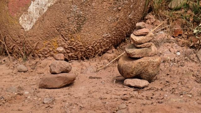 sich selbst finden Steinmännchen