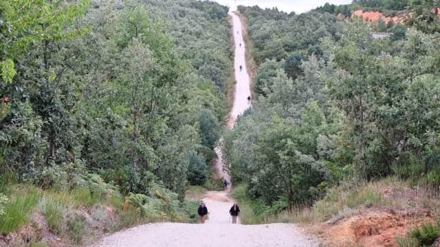 Jakobsweg-Route-viele-Pilger