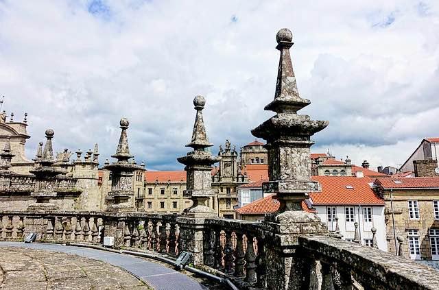 über den Dächern der Kathedrale von Santiago de Compostela