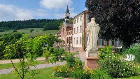 Badischer Jakobsweg Kloster Neusatzeck
